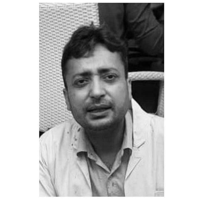 "<div class=""paragraphs""><p>Dr Vivek Rai</p></div>"