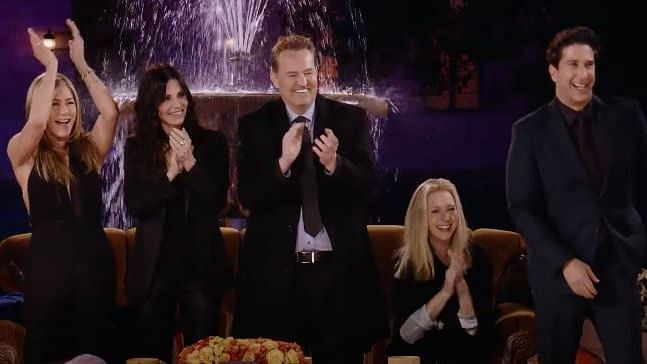"""<div class=""""paragraphs""""><p>The original cast of Friends join James Corden for an interview in the reunion special</p></div>"""