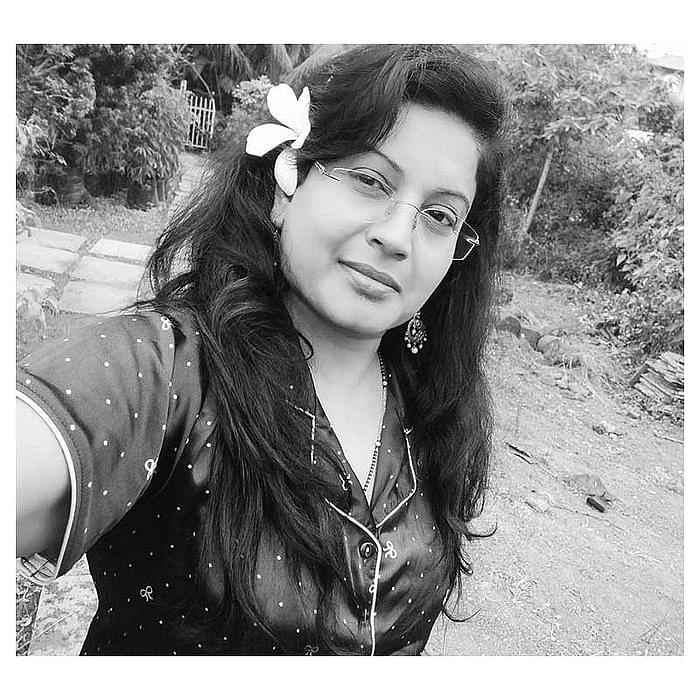 """<div class=""""paragraphs""""><p>Dr Manisha Jadhav</p></div>"""