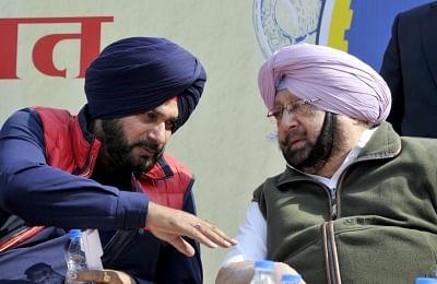 Punjab Crisis: CM Amarinder Singh to Meet Governor, Son Confirms Resignation