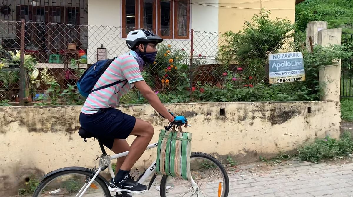 Watch: Guwahati Cyclists Come Forward to Help People Fight COVID