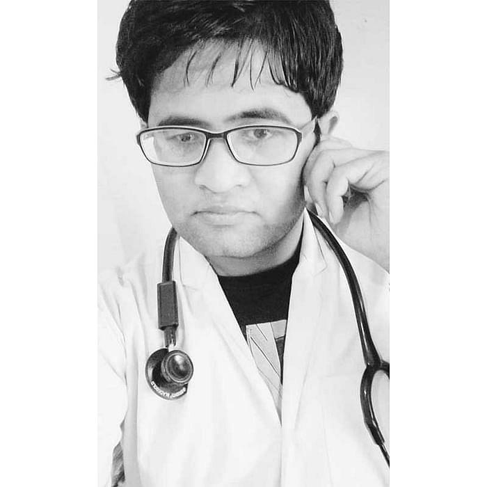 "<div class=""paragraphs""><p>Dr Shubham Upadhyay</p></div>"
