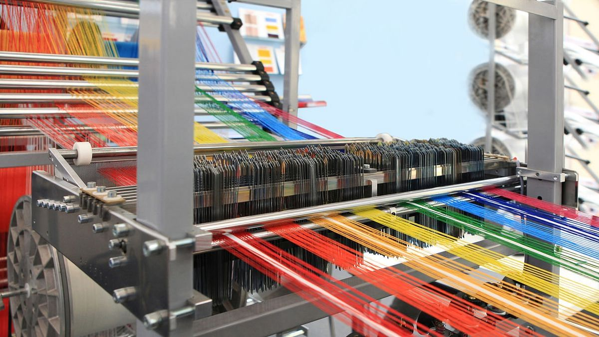 """<div class=""""paragraphs""""><p>India's textiles industry currently manufactures products suitable for different market segments, both international and domestic.</p></div>"""