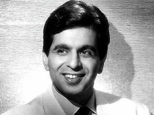 "<div class=""paragraphs""><p>A young Dilip Kumar</p></div>"