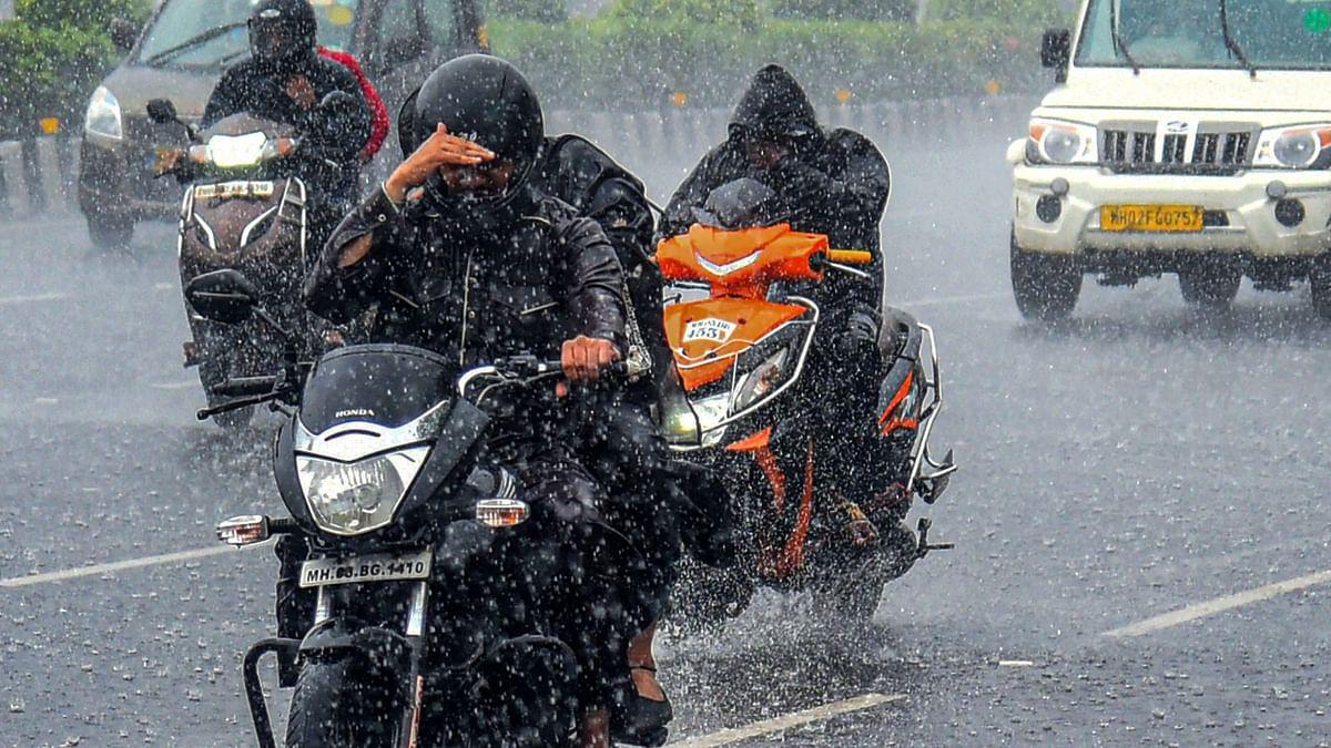 Mumbai Rains Weather Forecast: Moderate Showers Likely on Saturday