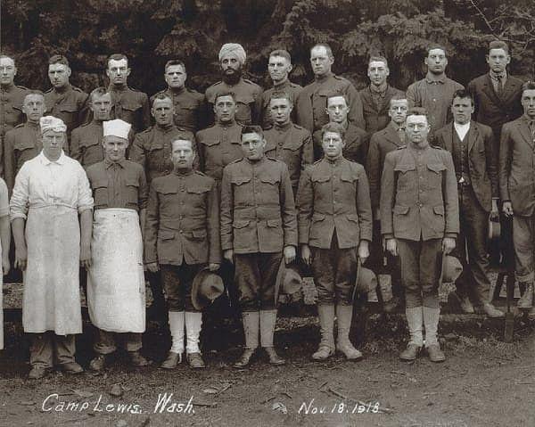 "<div class=""paragraphs""><p>Bhagat Singh Thind at Camp Lewis, Washington, 1928</p></div>"
