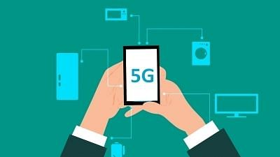 """<div class=""""paragraphs""""><p>A few days back Bollywood actor Juhi Chawla had filed a case against the implementation of 5G services in India.</p></div>"""