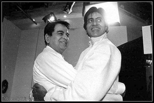 "<div class=""paragraphs""><p>Amitabh Bachchan and Dilip Kumar</p></div>"