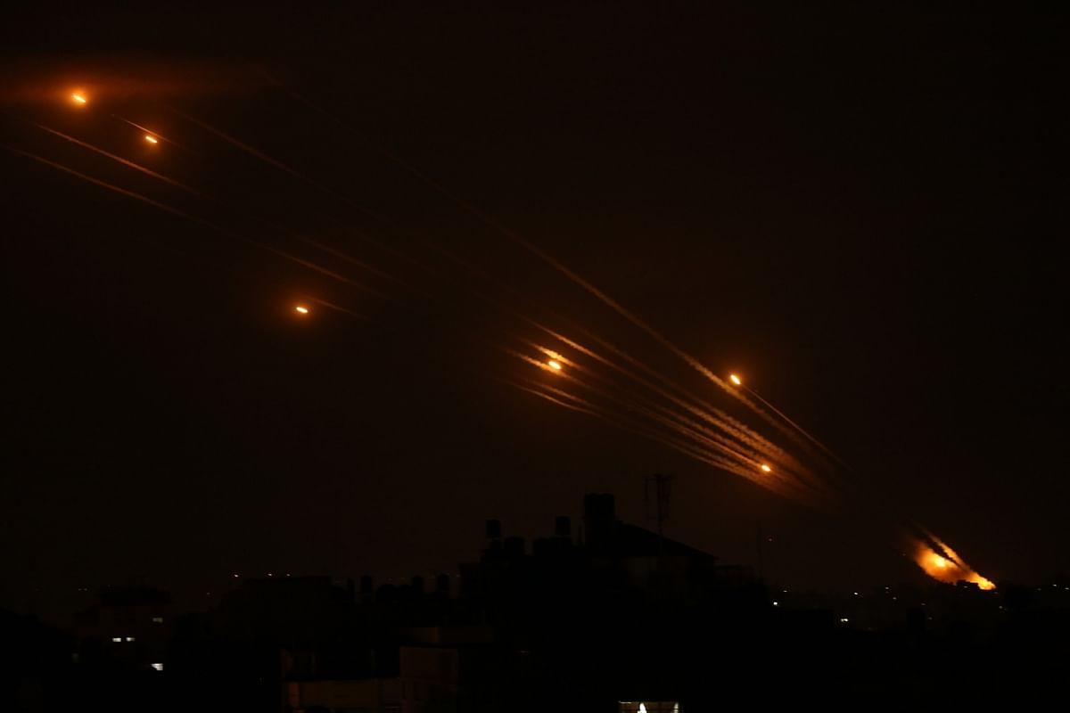Israeli Warplanes Strike Gaza 2nd Time Since May's Ceasefire