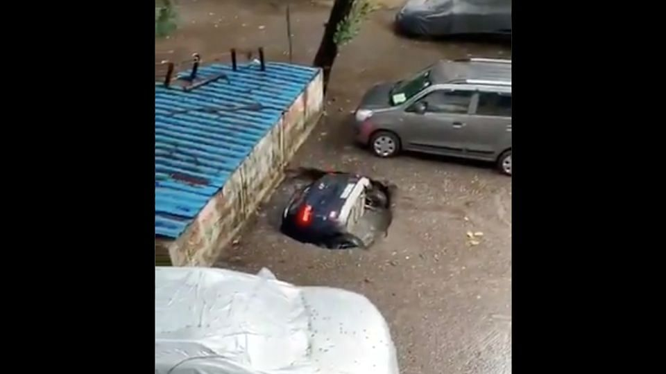 Mumbai: Submerged Car in Ghatkopar Recovered After 12 Hours