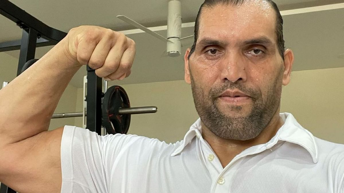 """<div class=""""paragraphs""""><p>Here's Why the Great Khali Turned off His Instagram Comments</p></div>"""