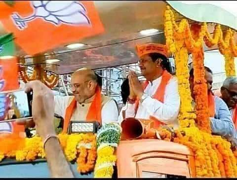 Basanagouda Patil Yatnal who has been an ardent critic of Yediyurappa was never in the bad books of BJP's high command.