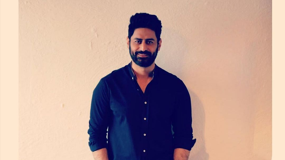 """<div class=""""paragraphs""""><p>Actor Mohit Raina has reportedly filed a case against four people.</p></div>"""