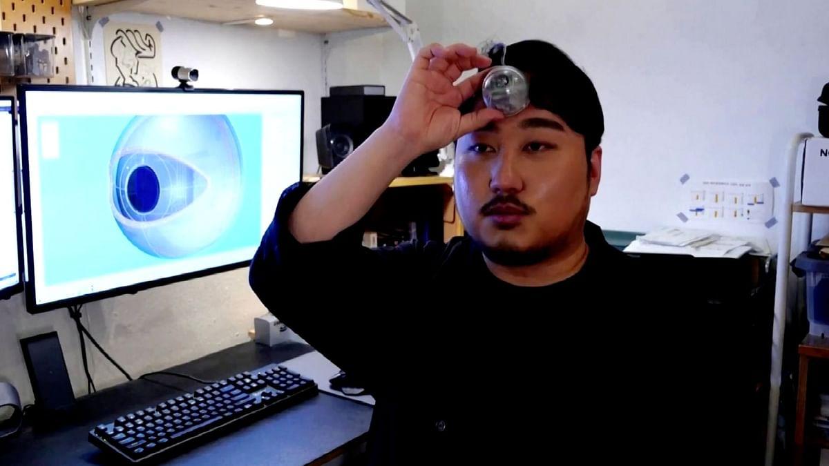 "<div class=""paragraphs""><p>South Korean designer Paeng Min-wook, who developed the ""Third Eye""</p></div>"