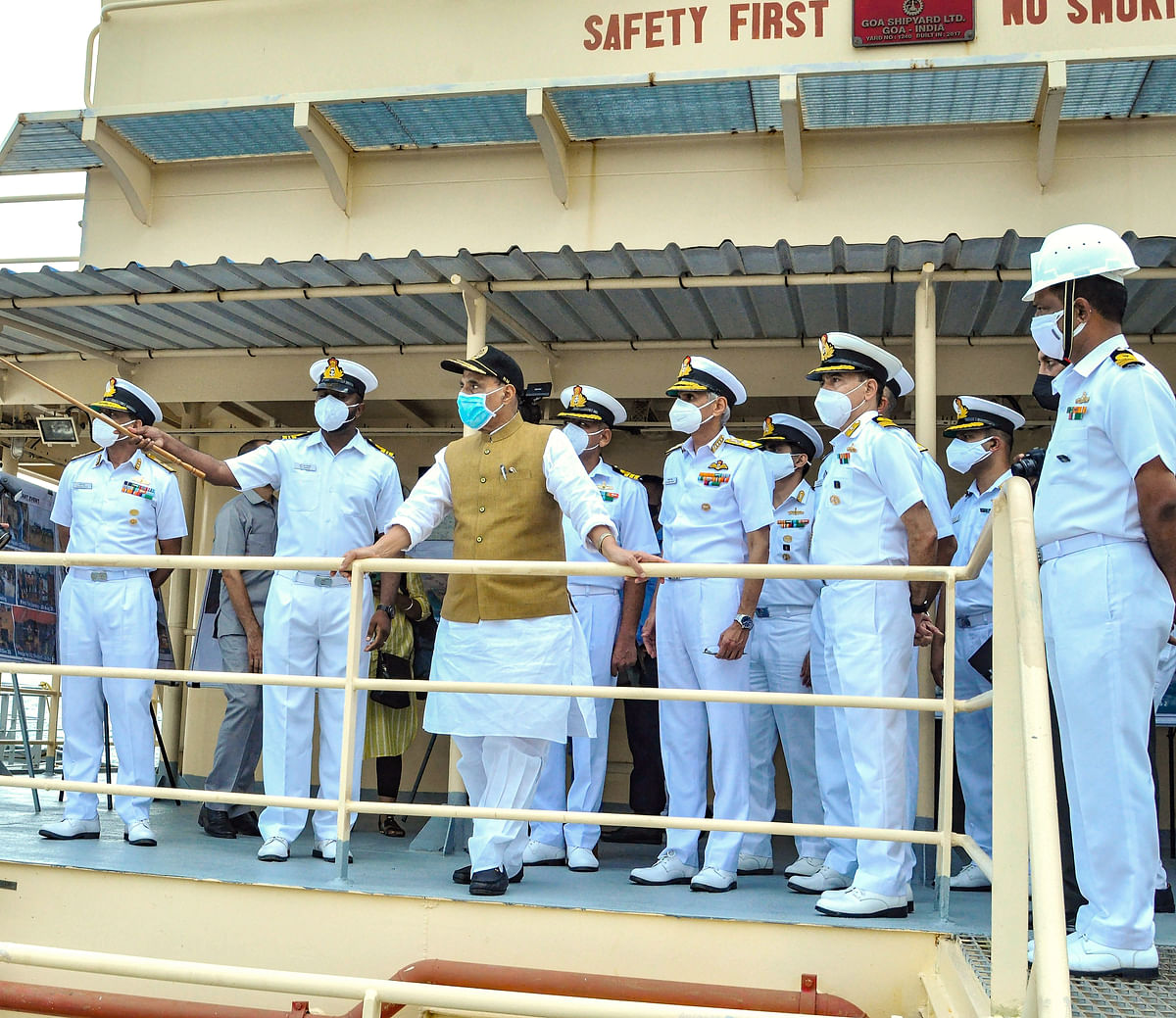 Defence Minister Rajnath Singh reviews development work at Karwar Naval Base