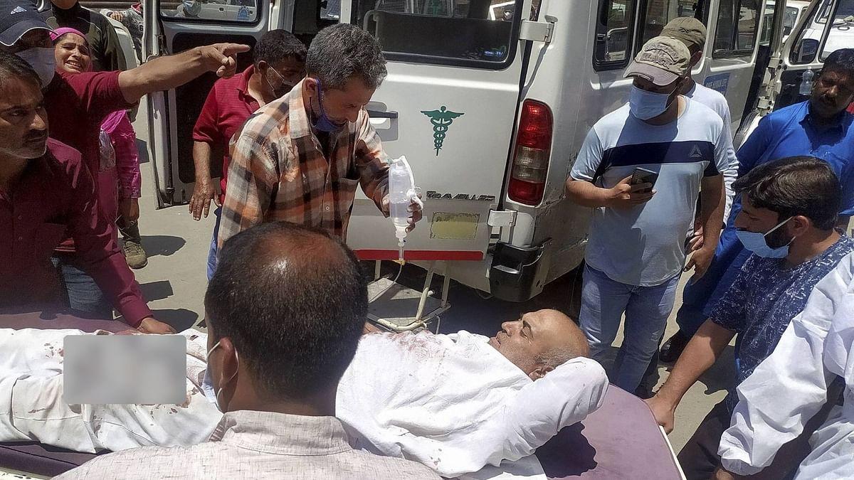 2 Civilians, 2 Cops Killed in Terror Attack in J&K's Sopore
