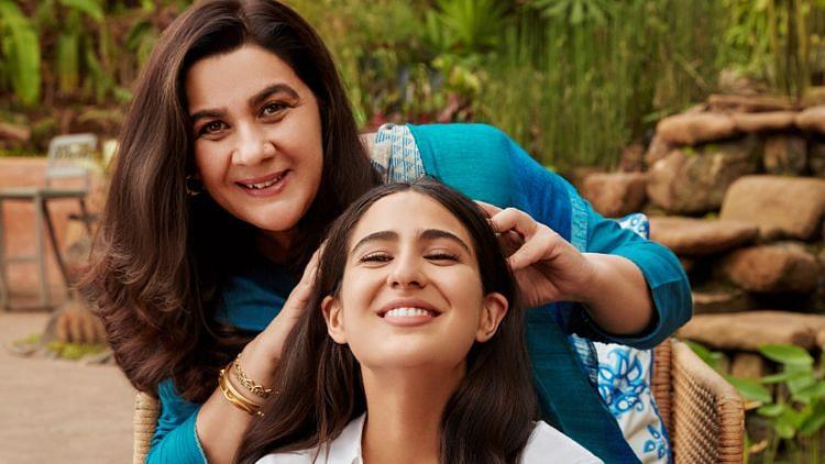 Exclusive: Sara Ali Khan On Her Mom Amrita Singh's Best Looks