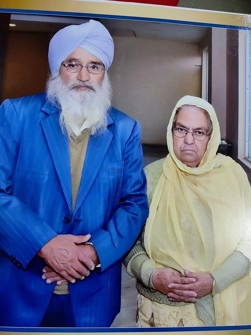 "<div class=""paragraphs""><p>File photo of Harbajan Singh and his wife&nbsp;Kulwant Kaur.&nbsp;</p></div>"