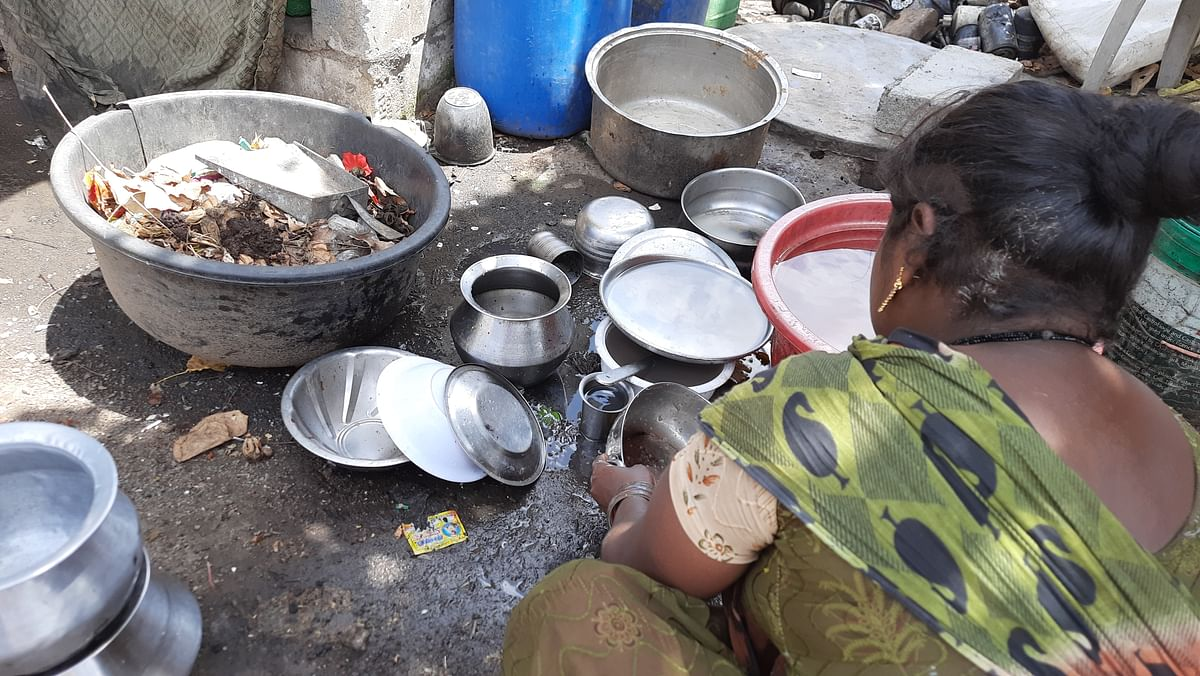 """<div class=""""paragraphs""""><p>Lack of hygiene is a huge problem in the area.</p></div>"""