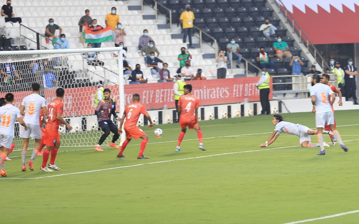 Chinglensana's header is saved off the line by Bangladesh.