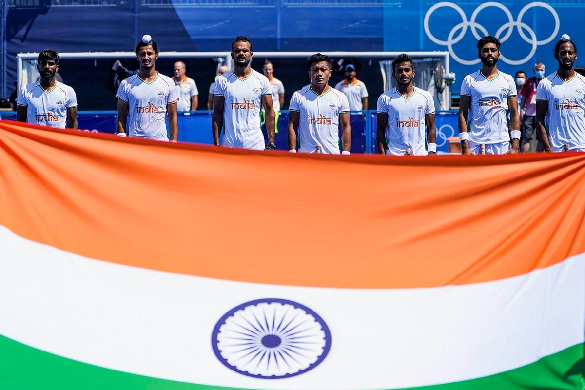 "<div class=""paragraphs""><p>Indian men's hockey team during the national anthem.&nbsp;</p></div>"