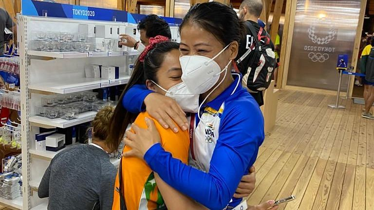 'A Fighter For India,' MC Mary Kom Congratulates Mirabai on Her Olympic Medal