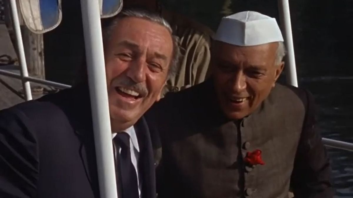 """<div class=""""paragraphs""""><p>Walt Disney and Jawharlal Nehru on the Jungle Cruise ride.</p></div>"""