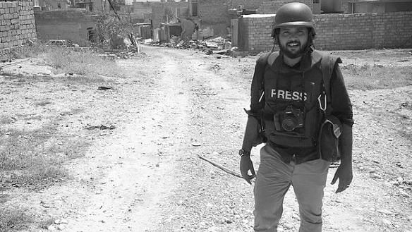 """<div class=""""paragraphs""""><p>A file photo of Danish Siddiqui, near a frontline where Iraqi forces were involved in a heavy battle with Islamic state fighters, in Mosul, Iraq.</p></div>"""