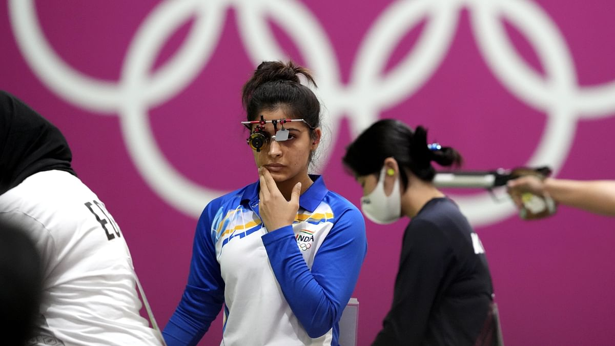 """<div class=""""paragraphs""""><p>Manu Bhaker has finished fifth after the first round of qualification in the 25m air pistol event.&nbsp;</p></div>"""