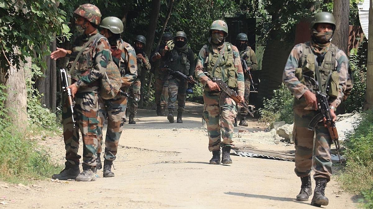 Kashmir: 4 Terrorists Gunned Down in Two Encounters