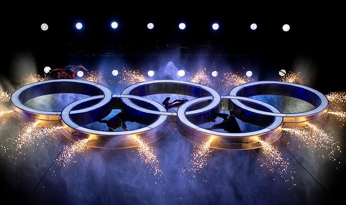 """<div class=""""paragraphs""""><p>The Olympic rings on display.</p></div>"""