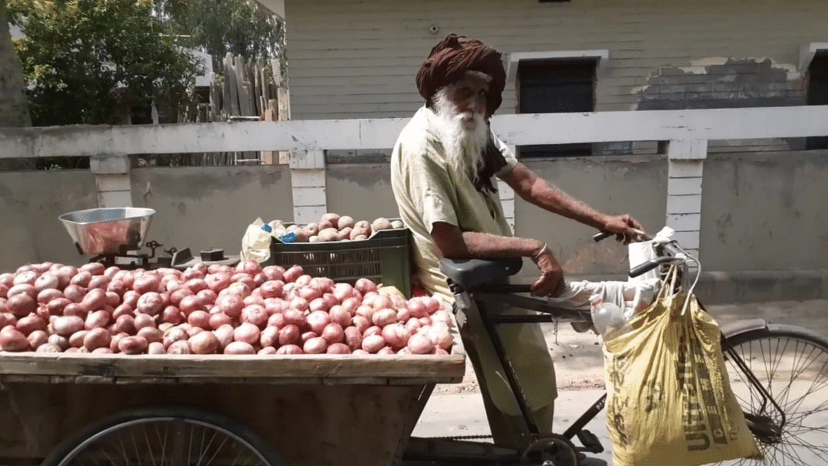 """<div class=""""paragraphs""""><p>Harbans Singh, 100-year-old vegetable seller from Moga, Punjab.</p></div>"""