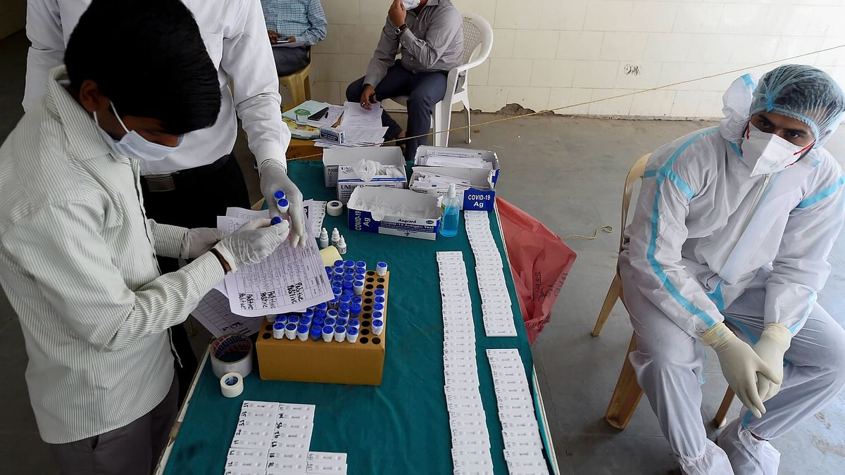 44,230 New COVID Cases, 555 Deaths in India; Active Cases at 4.05 L