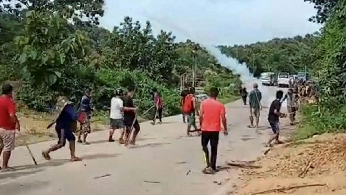 Centre, Assam & Mizoram Govts Agree on Deployment of Central Force Along Border