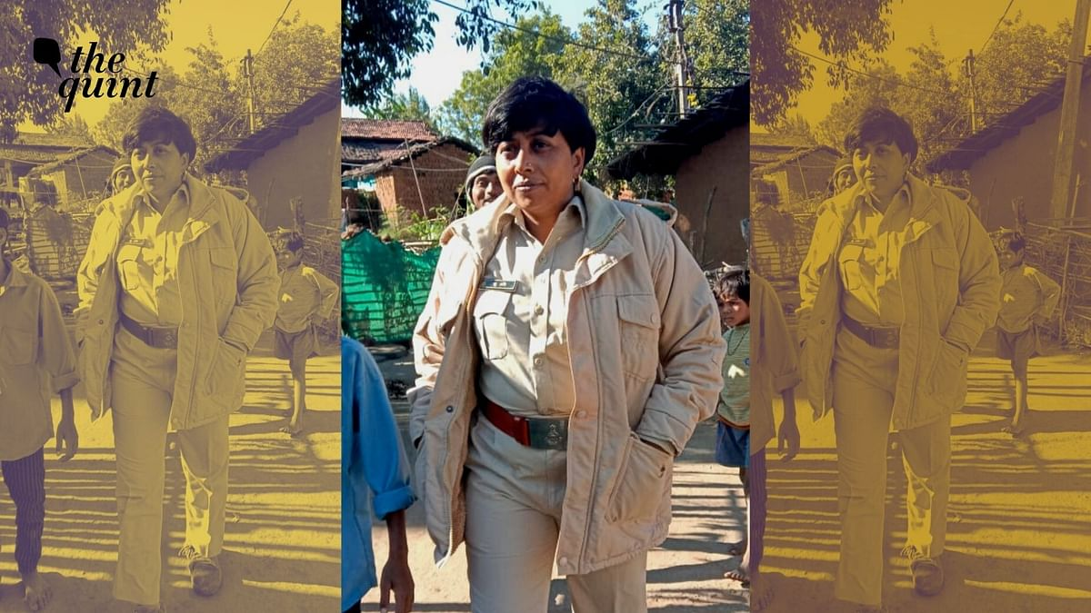 """<div class=""""paragraphs""""><p>Shashi Ahirwar is a forest officer posted in Bamnai village near the Ratapani Tiger Reserve in Madhya Pradesh.</p></div>"""