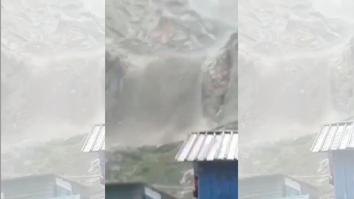 Cloudburst Near J&K's Amarnath Cave; No Loss of Life Reported