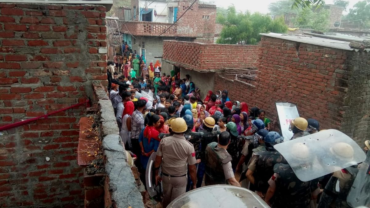 """<div class=""""paragraphs""""><p>Faridabad's Khori Village on Wednesday, 14 July saw heavy police deployment.</p></div>"""