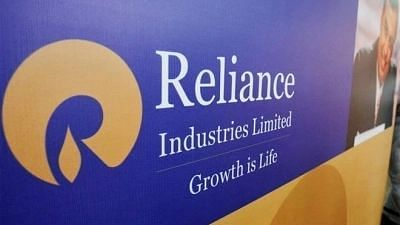 """<div class=""""paragraphs""""><p>Reliance Retail to get major stake of Just Dial.</p></div>"""