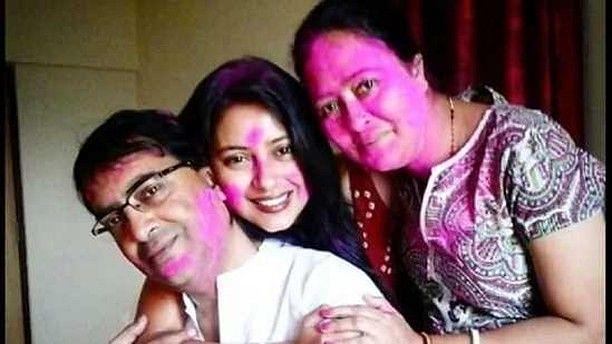 "<div class=""paragraphs""><p>Late actor Pratyusha Banerjee and her parents.&nbsp;</p></div>"