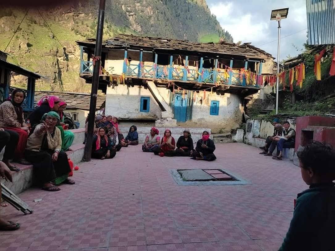 "<div class=""paragraphs""><p>Women members of Raini village's gram sabha</p></div>"
