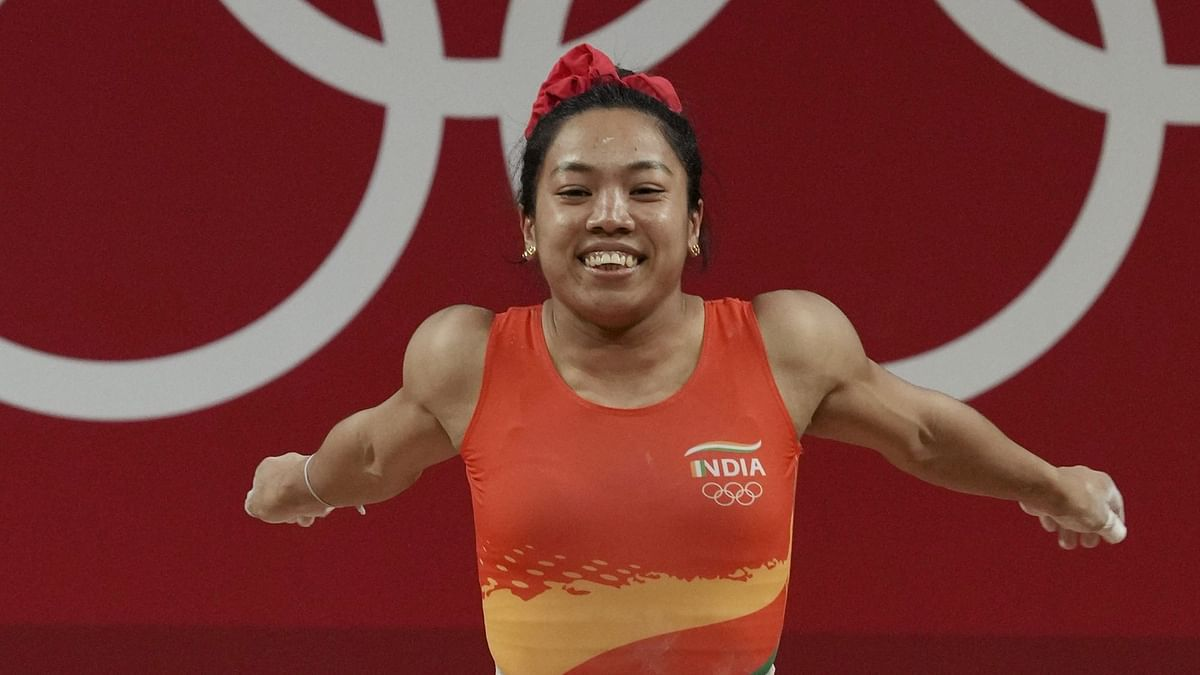 """<div class=""""paragraphs""""><p>Mirabai Chanu won India's first medal of the 2020 Tokyo Olympics, a silver in weightlifting.</p></div>"""