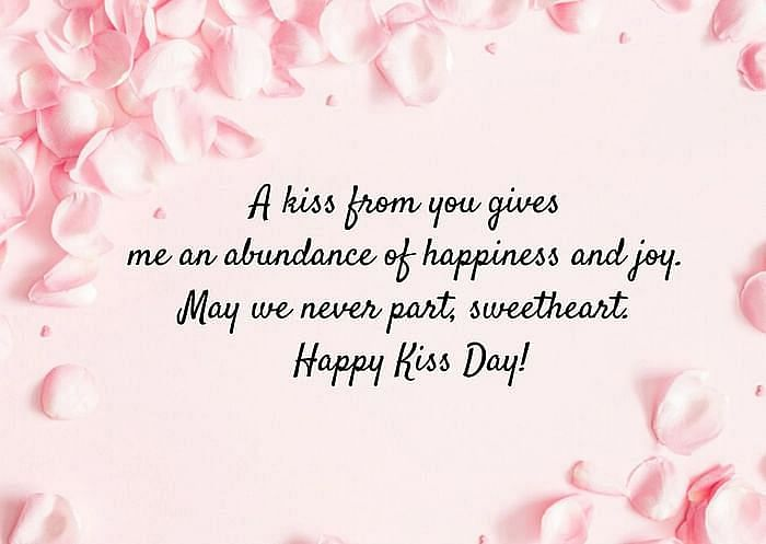 "<div class=""paragraphs""><p>International Kissing Day Images</p></div>"