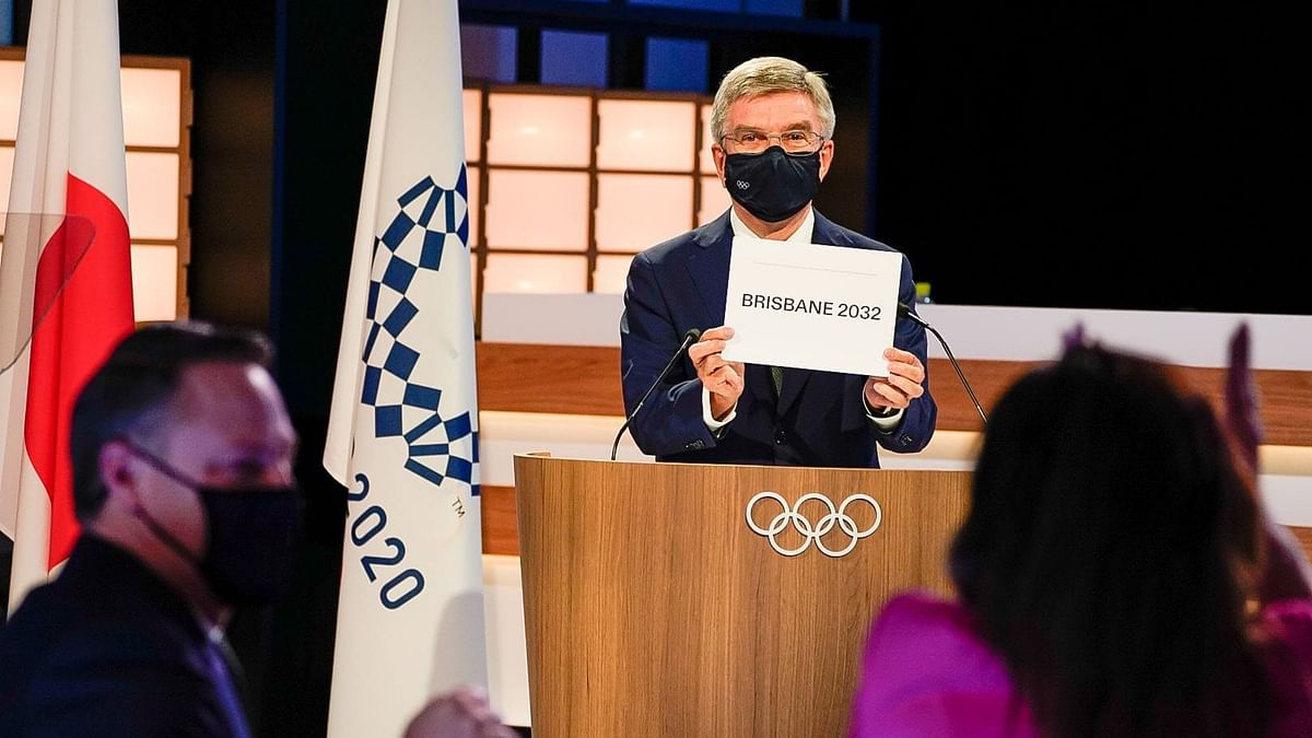 """<div class=""""paragraphs""""><p>Thomas Bach announces the hosts of the 2032 Summer Olympic Games.</p></div>"""