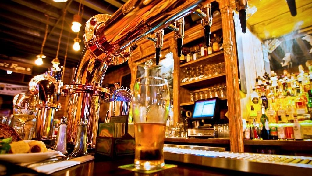 Bars to Operate Till 3 am: Delhi Govt Unveils New Excise Policy