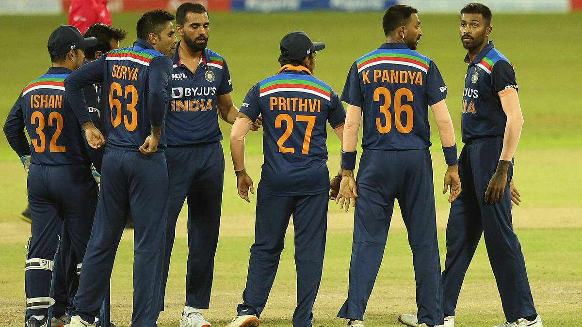 All 8 Close Contacts of Krunal Pandya in Isolation, Will Miss T20I Series
