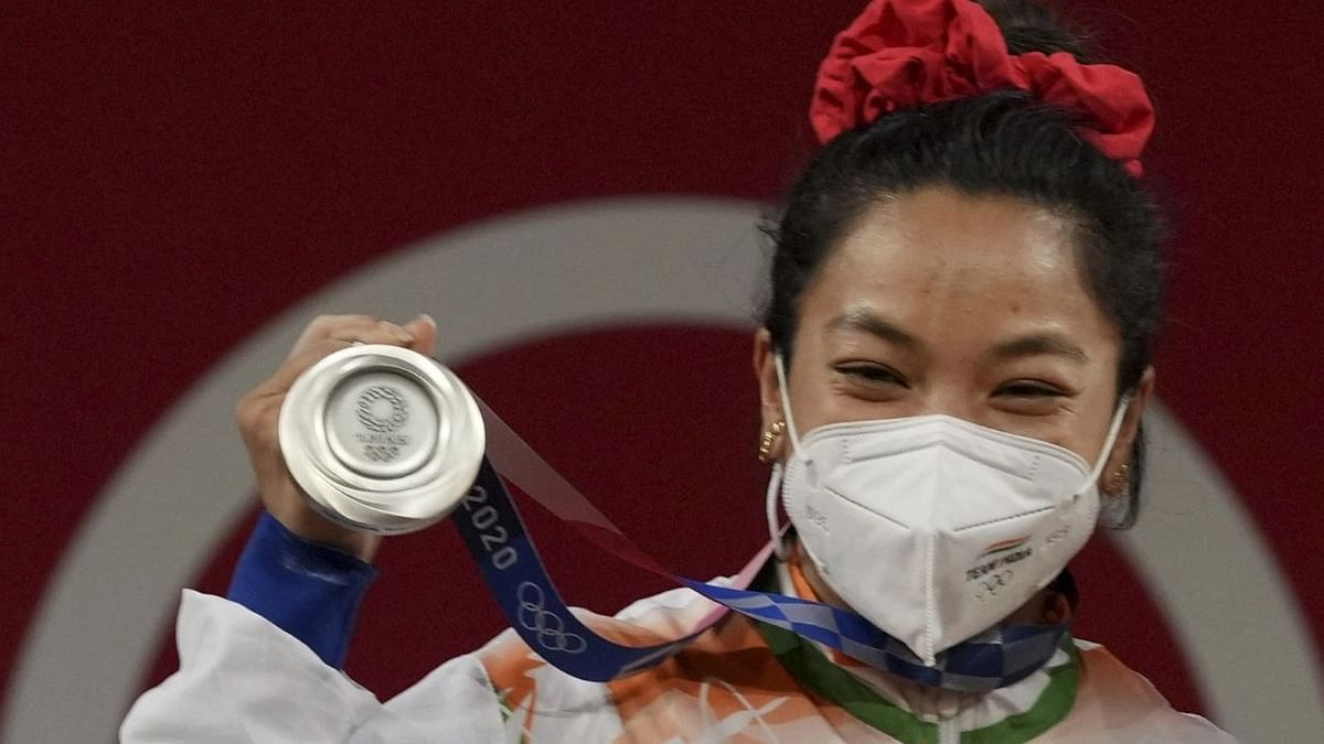 """<div class=""""paragraphs""""><p>Mirabai Chanu ended a 20-year&nbsp;medal drought for India in weightlifting</p></div>"""