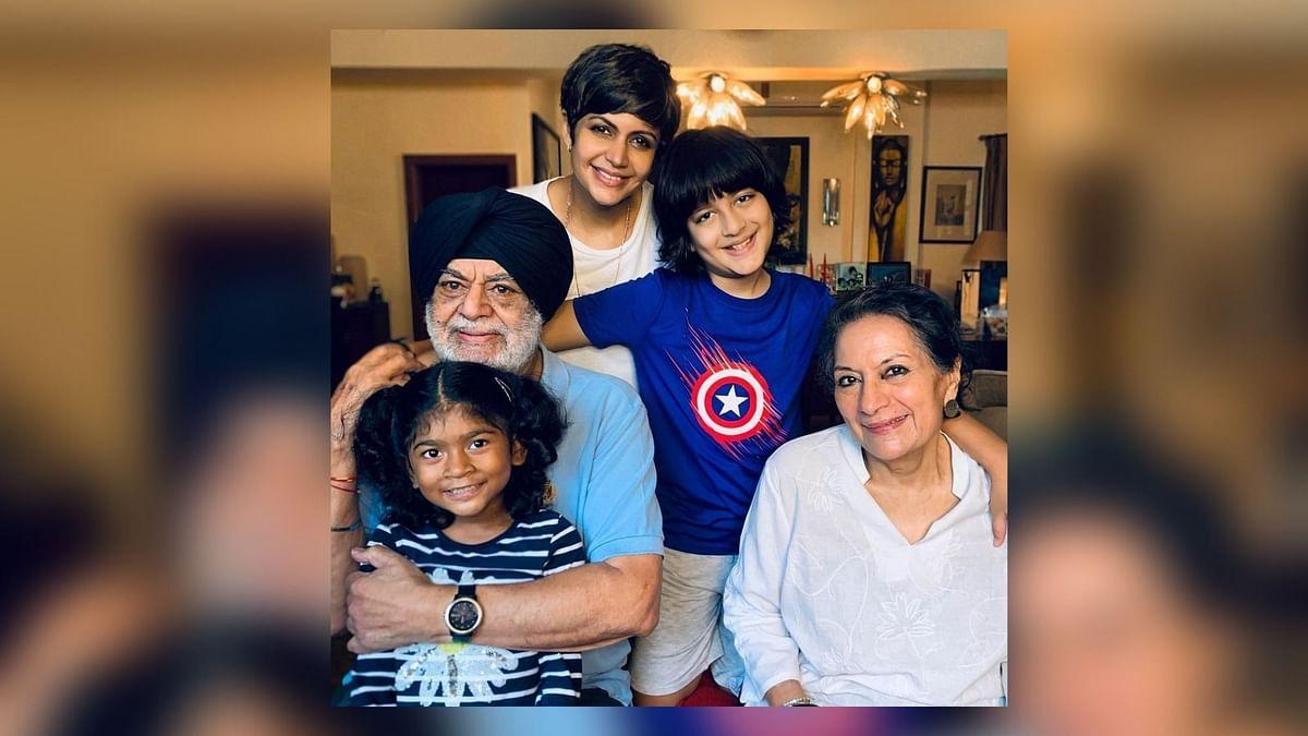 Grateful: Mandira Bedi Posts Pic With Parents & Kids Vir, Tara