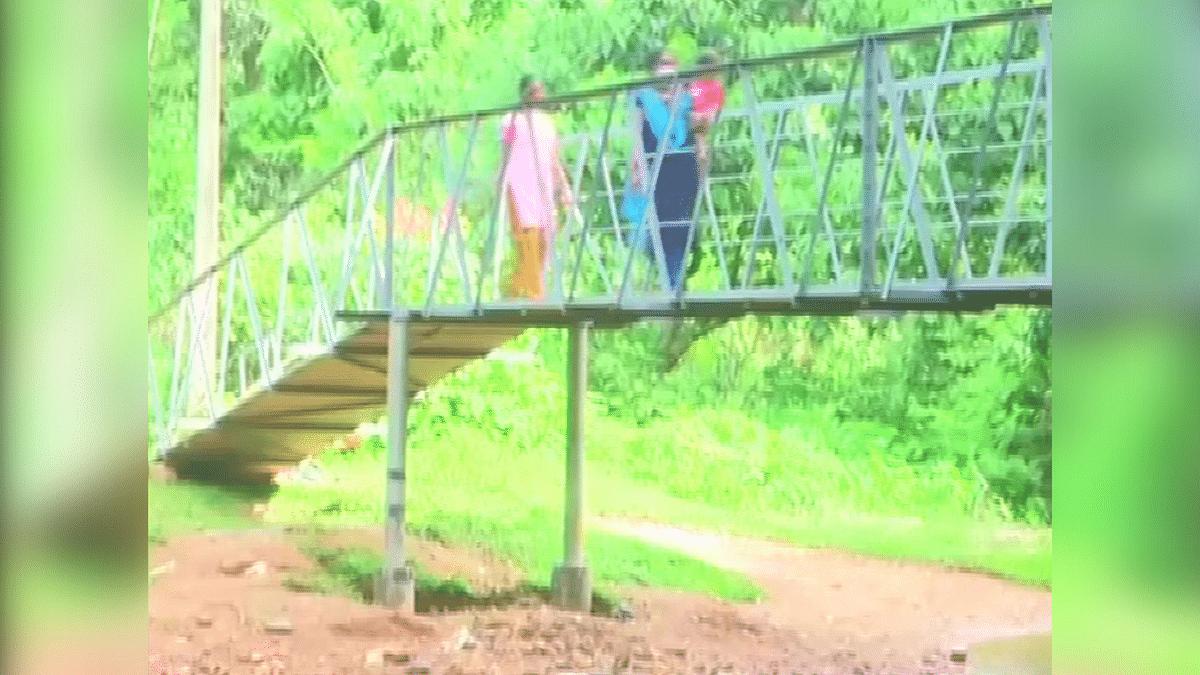 Karnataka Villagers Build Steel Bridge Themselves After No Response From Govt