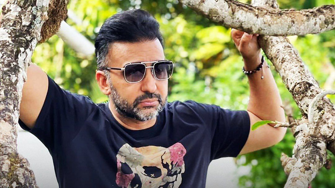 """<div class=""""paragraphs""""><p>Raj Kundra was arrested by Mumbai police on Monday</p></div>"""