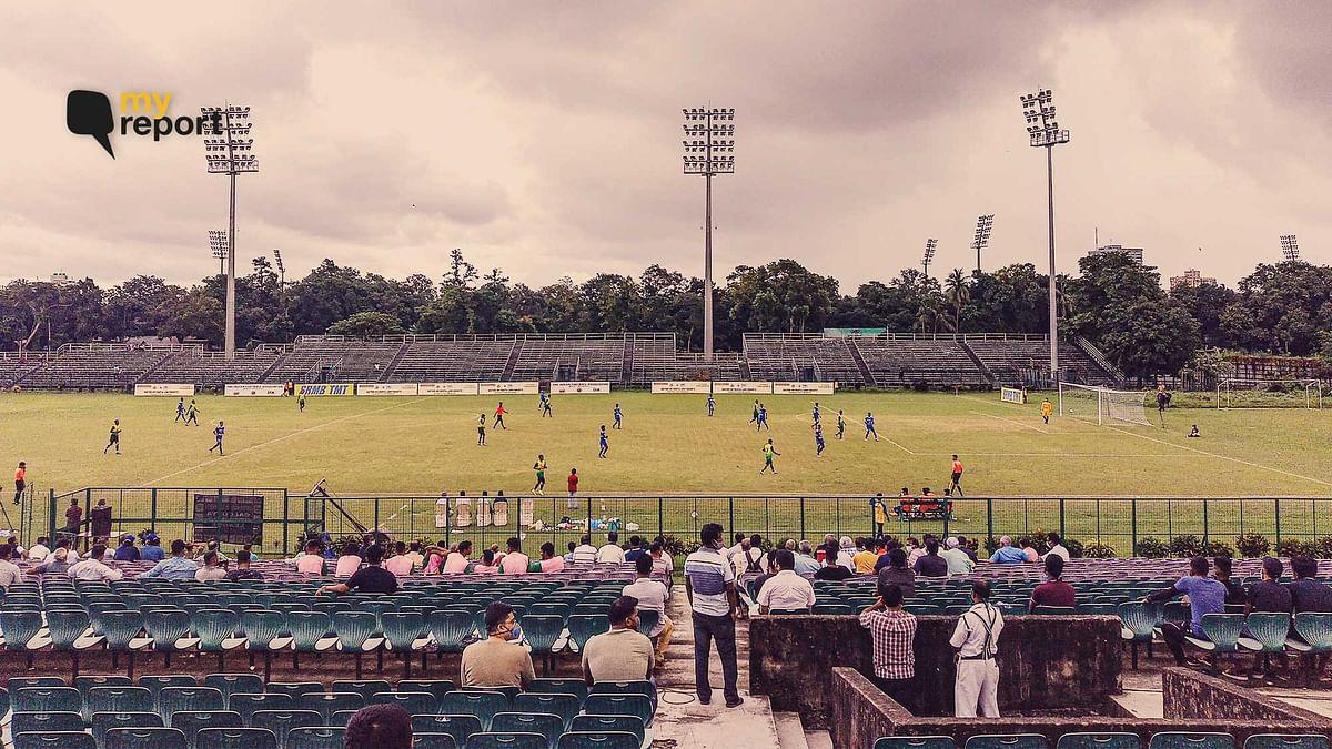 """<div class=""""paragraphs""""><p>CFL 2021 season opener between Kidderpore SC and Peerless SC at Mohun Bagan</p></div>"""
